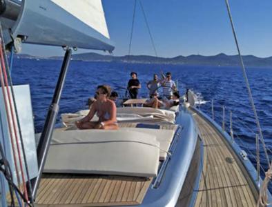 addio al celibato riccione e rimini festa in barca riccione rimini sea discovery 4