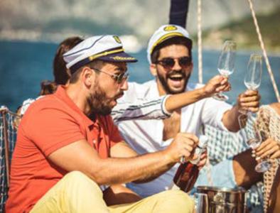 addio al celibato riccione e rimini festa in barca riccione rimini sea discovery